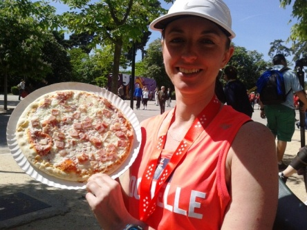 Runner with pizza